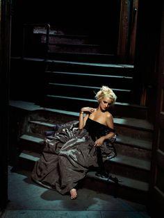 Эшли Симпсон (Ashlee Simpson) в фотосессии Джеймса Уайта (James White) для альбома I Am Me (2005), фото 5