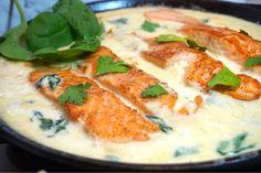 Krämig spenat och vitlökslax Dessert For Dinner, Fish And Seafood, Nom Nom, Salmon, Curry, Food Porn, Food And Drink, Pasta, Healthy Recipes