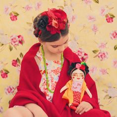 Frida Kahlo doll cloth doll  by MandarinasDeTela