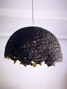 Make your own egg carton paper mache lampshade with this easy step-by-step tutorial! It's perfect for a cool statement! Fabric Lampshade, Lampshade Designs, Retro Furniture, Cheap Furniture, Furniture Market, Furniture Movers, Furniture Companies, Furniture Stores, Discount Furniture