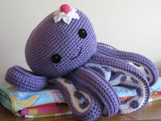 Octopus Novelty Pillow PDF Pattern--FREE pattern for mini octopus included. $6.00, via Etsy.