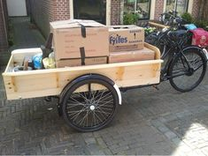 #RENTING A BAKFIETS (CARGO BIKE) IN #AMSTERDAM Need to move a mattress, a refrigerator, or a lot of boxes? In AMSTERDAM, cargo bikes are a common sight, having been around for many year. The are cheap and most of the times used by students. https://www.asva.nl/bakfiets