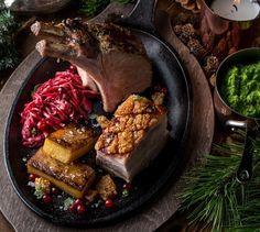 Konfitert ribbe og eplechutney Beef, Chicken, Food, Ribe, Meat, Essen, Meals, Yemek, Eten