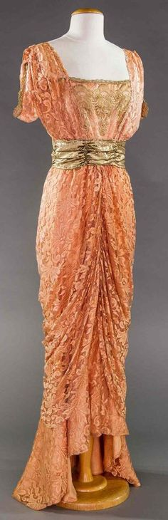 PINK  EVENING GOWN, 1910-1912.