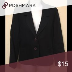 100% Wool Fully Lined Navy Business Jacket Excellent condition navy jacket with two buttons and fully lined. Size 5/6 College Town Jackets & Coats Blazers