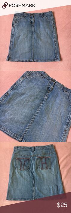 TOMMY HILFIGER jean skirt Beautiful jean skirt, knee length. Gently used in good condition Tommy Hilfiger Skirts Midi