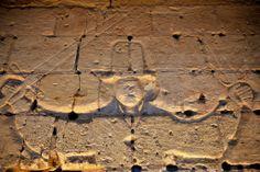 Graffiti: salle des gardes de la tour Louis XI du château de Loches