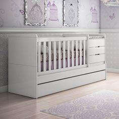 A falta de espaço é um dos principais desafios das futuras mamães na decoração do quarto do bebê. Mas não pense que não é possível decorar um lindo quarto, mesmo que ele seja pequeno. O segredo está no planejamento – que deve ser ainda mais criterioso – e nos móveis multifuncionais, que farão toda a diferença na composição de um quarto de bebê pequeno.