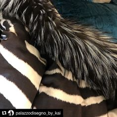 My #sundayfeels like this... #luxurious #vibrant #indulgent only with Roberto Cavalli Home  #velvet #silk #silverfox #fur #robertocavallihome  #palazzodisegno #luxurystyle #bykai #interiordesign #styling #architecture #interiors #luxuryblogger #residential #hospitality  #interiorblogger #lifestyleblogger #inspire #interiordesigner #sydneydesigner #homeinspo #interiorinspo #building #sydneylife #interiordecorating #interiorstylist sourced @palazzocollezioni