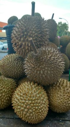 Durians to perk up my day 💣