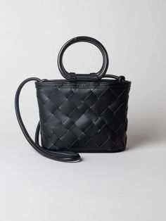 Zofi is a new member of Cala Jade family made of traditional leather weave. Leather Weaving, Carry On, Weave, Handbags, Collection, Black, Totes, Black People, Hand Luggage