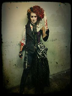 Disfraz de Halloween a lo Mónica Naranjo