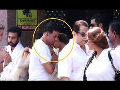 Akshay Kumar & Abhishek Bachchan at Shilpa Shetty's father's funeral.