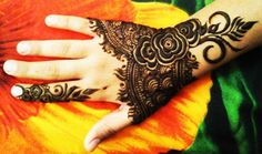 Latest Rose Henna Designs for Eid