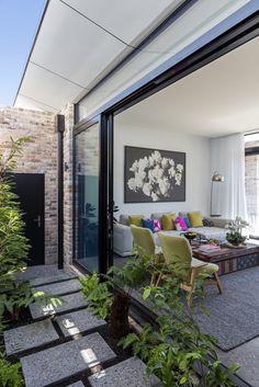 Gallery of Bundaroo House / Tziallas Omeara Architecture Studio - 8