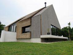 Architectenbureau Koppens Minimal Architecture, Garden Architecture, Modern Wooden House, Triangle House, Gable Roof, Space Gallery, Modular Homes, Facade, Building A House