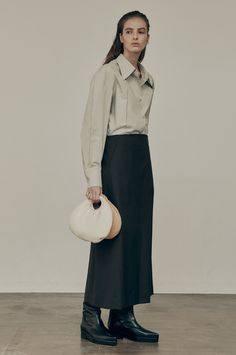 Runway Fashion, Ready To Wear, Normcore, Street Style, Style Inspiration, Clothes For Women, Minimalism, How To Wear, Fashion Design