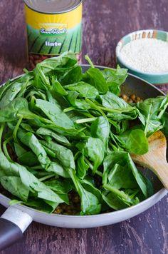 Chiftelute cu linte si spanac - Din secretele bucătăriei chinezești Tahini, Spinach, Vegetables, Food, Salads, Essen, Vegetable Recipes, Meals, Yemek
