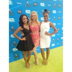 """Logan Browning, Katherine Bailess, Taylour Paige. Gorgeous ladies & cast of """" Hit The Floor""""."""