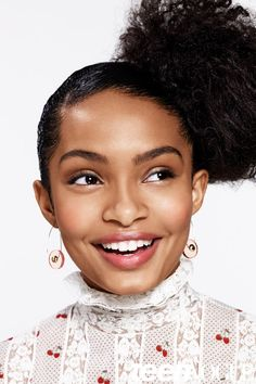 Editorial: Yara Shahidi Shows Us 5 Ways to Style Natural Hair with Teen Vogue | Welcome to SPICE TV | Africa's Fashion & Lifestyle Channel