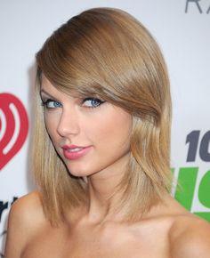 Taylor Swift Vole la Vedette Lors du Jingle Ball de Los Angeles
