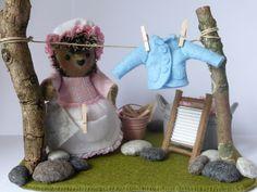 Kleine wasjes grote wasjes, vrouwtje plooi is altijd bezig met de was, ze wast voor alle dieren in het bos. compleet pakket