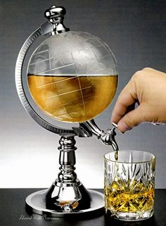 "Capacity: - The globe liquor dispenser is an interesting drink dispenser, put drinks in ""Arctic"" and flow out in ""Antarctic"". - 1 x Beverage Liquor Dispenser. - Adopts the combination of a globe and a water dispenser. Bar Drinks, Wine Drinks, Drink Beer, Beverage Drink, Drinks Globe, Drinks Trolley, Beer Bar, Scotch, Beer Machine"