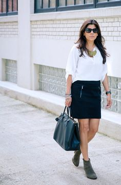 STYLE'N   Naina Singla - fashion stylist and style expert - Blog. Ankle boots and mini skirt.