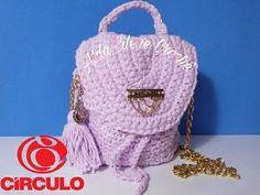 A Very Simple Crochet Yarn Backpack (subtitles)