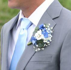 Výsledek obrázku pro svatebni kytice bílo modrá