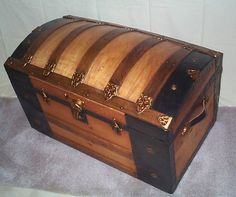 THE PIRATE'S LAIR - US NAVY ANCHOR CHINA MESS PLATES CUPS BOWLS - RESTORED NAUTICAL ANTIQUE TRUNKS -: ANTIQUE TRUNK #109 DATED MARCH 16, 1880 OR 1888, BEAUTIFULLY RESTORED DOME TOP HUMPBACK CHEST W KEY!