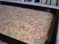 Fika, Sprinkles, Candy, Desserts, Recipes, God, Tailgate Desserts, Deserts, Recipies