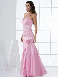 #robe #demoisellehonneur Jolie robe de demoiselle d'honneur rose de ligne-A faite en taffetas