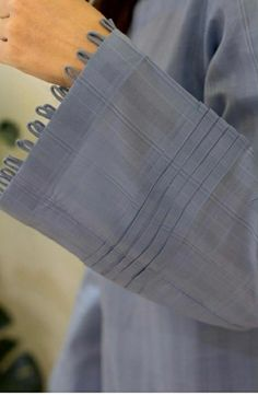 Kurti Sleeves Design, Kurta Neck Design, Sleeves Designs For Dresses, Neckline Designs, Dress Neck Designs, Sleeve Designs, Stylish Dress Book, Stylish Dresses For Girls, Fancy Dress Design