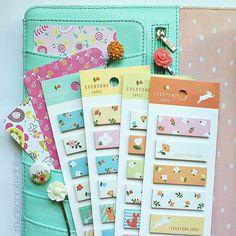 NEW! Lovely Floral Sticky Notes!  #planner #plannerlove #planneraddict #plannerjunkie #plannerjunkie #plannergoodies #kikkik #kikkikplannerlove #filofaxgoodies #stationery #stationeryaddict #kawaii #stickynotes #mydecoratedbliss