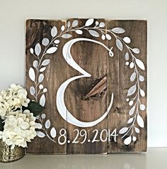 Rustic Home Decor Initial with Wedding Date от SalvagedChicMarket