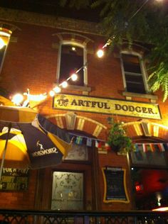 Artful Dodger (10 Isabella St) A laid-back tavern with front & back patios, 2 pool tables & 2 fireplaces, plus standard pub fare. - Google theartfuldodger.ca