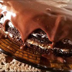 Naked Cake paçoquinha e ganache de chocolate