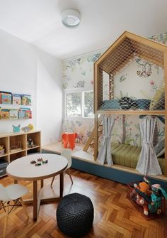 Playground décor inspirations | Circu offers the most stunning and amazing furniture that turns kids' room in a luxurious playground! Click and get inspired: CIRCU.NET