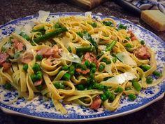 Asparagus Bacon, Food To Make, Spaghetti, Homemade, Ethnic Recipes, Home Made, Noodle, Hand Made, Asparagus