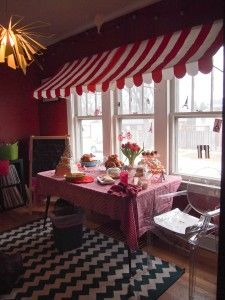 Dining Room turned French Cafe at the best damn 2 year old party in town. Parisian Party, Parisian Cafe, French Cafe Decor, Paris Theme Decor, Paris Sweet 16, Bistro Decor, Spy Birthday Parties, Around The World Theme, French Restaurants