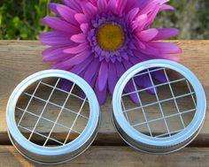 How to arrange flowers in a mason jar - DIY