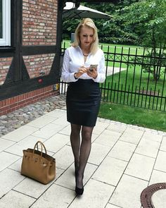 Sexy Blouse, Blouse And Skirt, Pantyhose Outfits, Nylons, Sexy Outfits, Fashion Outfits, Womens Fashion, Ladies Outfits, Fashion Tips