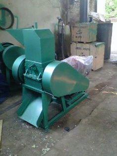 Mesin penghancur plastik dengan kapasitas 50 kg per jam