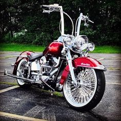 """782 curtidas, 9 comentários - Harley-Davidson Softail (@softailgram) no Instagram: """"Thanks for sharing: [ @boss_hog_bodigon ] ••••••••••••••••••••••••••••••••••••••••••••••• Your…"""" #harleydavidsonchopperscustombobber #harleydavidsonbagger Harley Davidson Softail Slim, Harley Davidson Road King, Harley Davidson Custom Bike, Classic Harley Davidson, Harley Softail, Used Harley Davidson, Harley Davidson Chopper, Harley Davidson Street, Harley Davidson Motorcycles"""