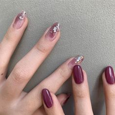 40 Enchanting Wine Red Nail Art Designs Ideas That Suitable For You - The art of fingernail decoration has been around for such a long time. What we call nail art these days actually originated from way way back when pe. Korean Nail Art, Korean Nails, Red Nail Art, Red Nails, Office Nails, Color Block Nails, Wine Nails, Self Nail, Space Nails