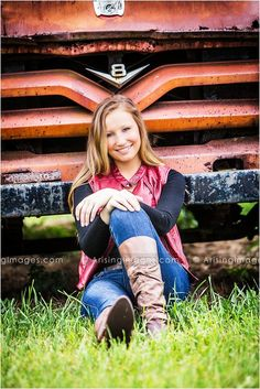 Awesome senior pose in front of an old truck at a farmhouse in michigan! Truck Senior Pictures, Country Senior Pictures, Senior Pictures Sports, Senior Photos Girls, Senior Girl Poses, Senior Picture Outfits, Senior Girls, Senior Portraits, Senior Session
