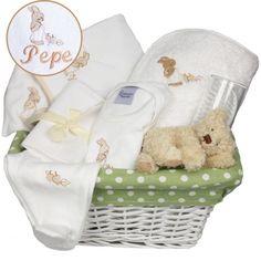 Canastilla regalo para bebés con cambiador BORDADO