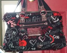 Authentic-Coach-Bag-Signature-Graffiti-Poppy-Satchel-Purse-Black-Red-Hearts Vintage Sweaters, Vintage Tees, Hobo Purses, Hipster Outfits, Satchel Purse, Ugly Christmas Sweater, Coach Bags, Red Hearts, Graffiti