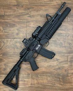 guns ammo Becoming the Animal Weapons Guns, Airsoft Guns, Guns And Ammo, M4a1 Rifle, Assault Rifle, Armas Wallpaper, Armas Airsoft, Submachine Gun, Shooting Guns